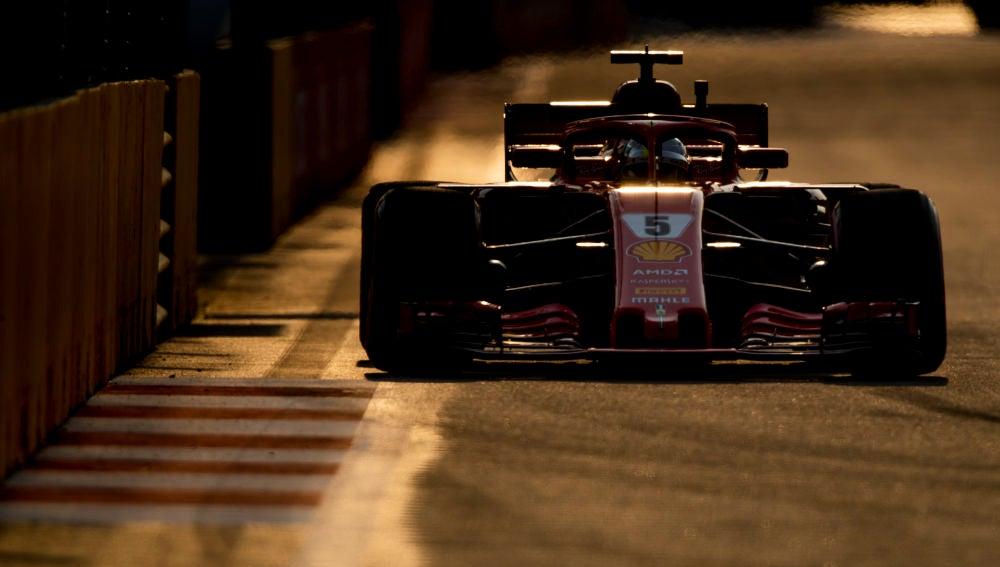 Sebastian Vettel, durante los Libres del GP de Singapur
