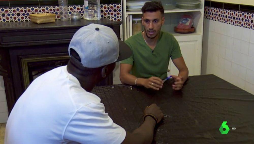 Djiby y Abdellah, dos migrantes que llegaron a España siendo menores