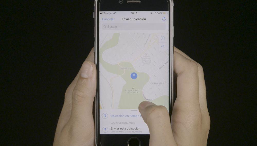 Móvil con el mapa para mandar la ubicación