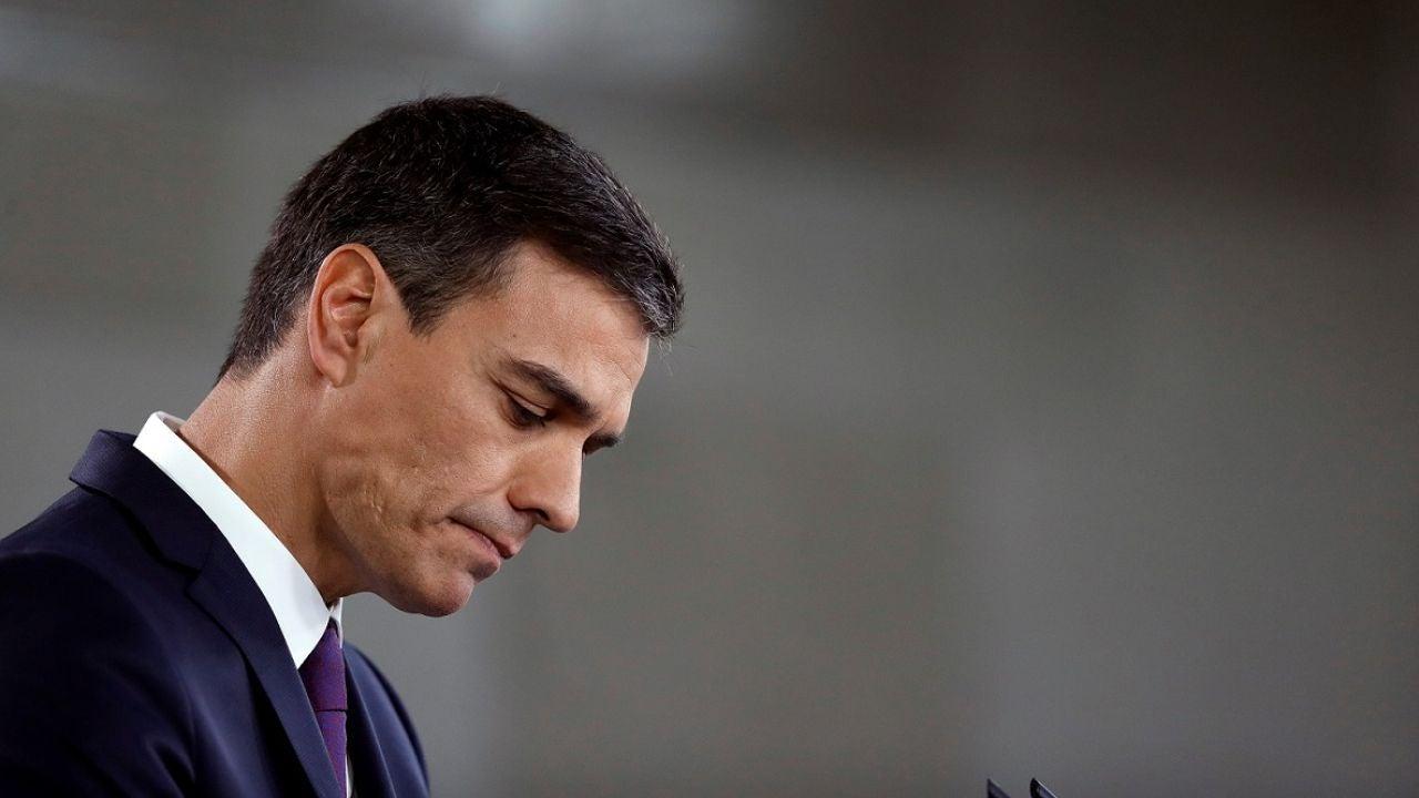 Imagen de archivo de Pedro Sánchez ante los medios de comunicación