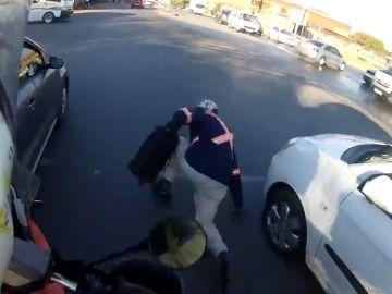 Recupera el botín robado a un vehículo