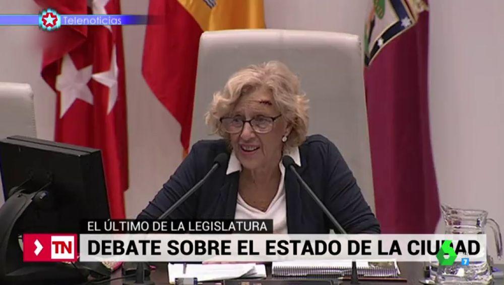 Manuela Carmena en un debate en el Ayuntamiento de Madrid