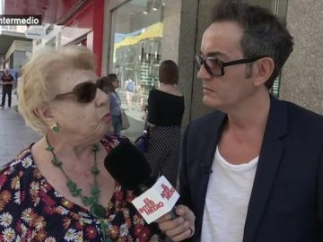 """El Intermedio inaugura 'Informe Mensual' con Santi Villas: """"Lo del guaperas pálido del Casado es una vergüenza. No ha ido ni a la universidad"""""""
