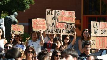 Concentración de estudiantes Universidad Rey Juan Carlos