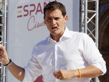 Albert Rivera en un acto de 'España Ciudadana'