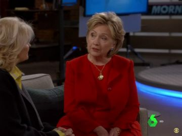 Hillary Clinton protagoniza un cameo en la serie americana 'Murphy Brown'