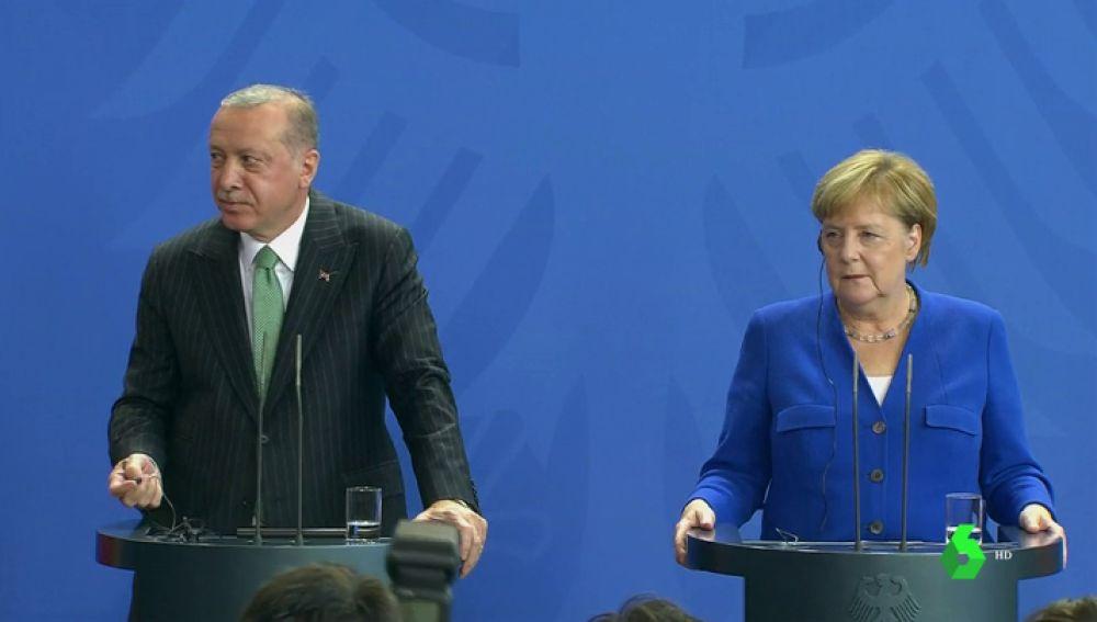 Merkel y Erdogan durante su encuentro en Berlín