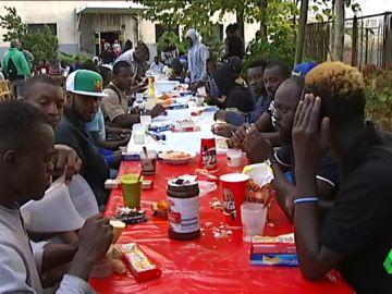 Los vecinos de Deusto ayudan a más de 100 migrantes a salir adelante