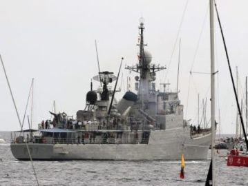 Imagen de archivo de un buque de la Armada en el puerto de Alicante en 2014