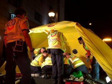 Un joven de 19 años ha resultado herido muy grave al ser atropellado por un turismo