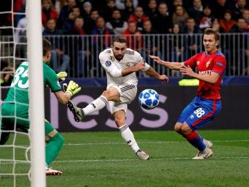 Carvajal dispara en el partido ante el CSKA