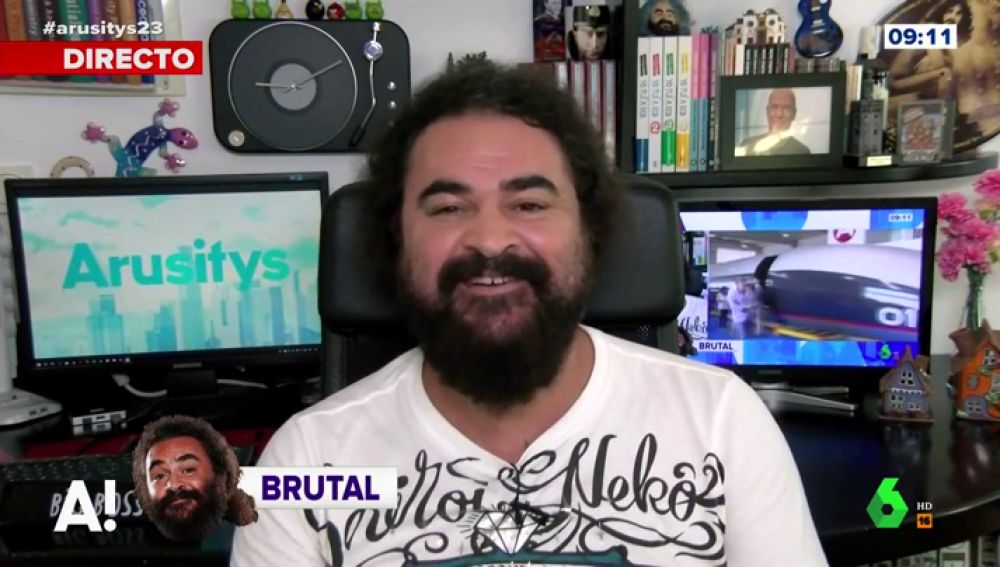 El Sevilla se mete en la piel de Matías Prats para hablar del 'Hyperloop'