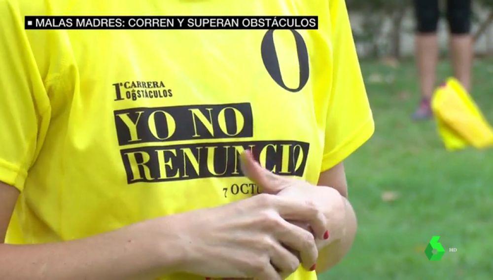 ''Yo no renuncio'': la reivindicativa carrera de obstáculos del Club de las Malasmadres por la conciliación familiar