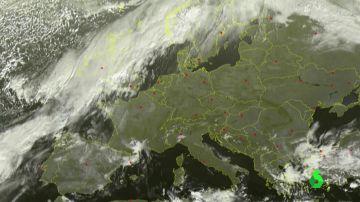 Intensas lluvias, fuertes rachas de viento y oleaje: así afectará el histórico huracán Leslie a su paso por España