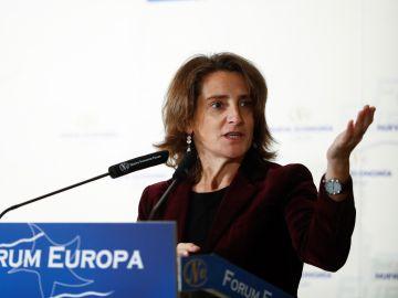 La ministra para la Transición Ecológica, Teresa Ribera, durante una intervención en un desayuno informativo