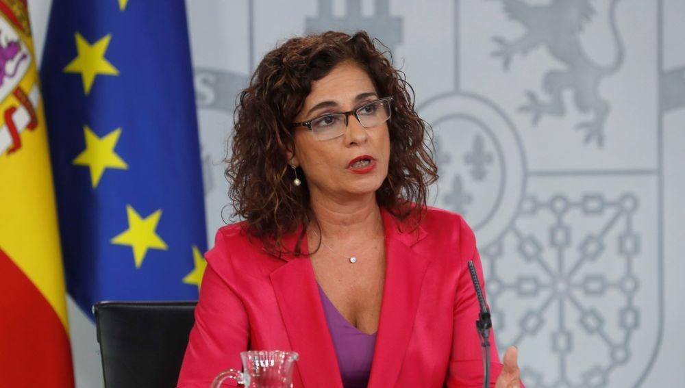 La ministra de Hacienda María Jesús Montero, durante una rueda de prensa tras el Consejo de Ministros