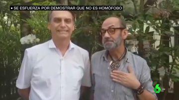 Bolsonaro junto a un conocido maquillador brasileño