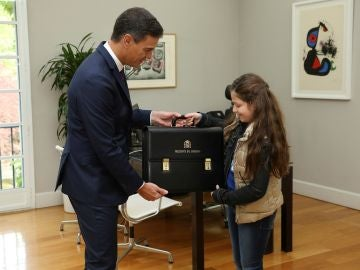 Pedro Sánchez ha recibido esta mañana en el Palacio de la Moncloa a Irene
