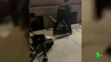 agresión de ultras a antifascistas en Nueva York