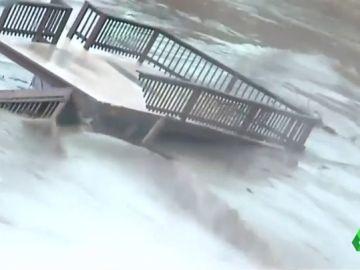Las impactantes imágenes de las lluvias torrenciales de Texas que han provocado el desalojo de varias ciudades