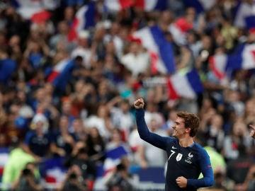 Griezmann celebra uno de sus goles contra Alemania