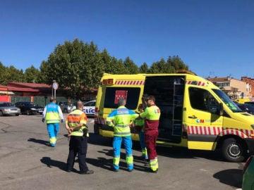 Una ambulancia en el lugar del suceso