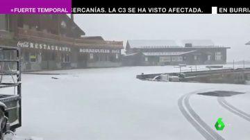Vuelos desviados, autovías sin visibilidad, montañas llenas de nieve: el gran temporal llega también a Andalucía