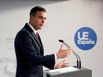 El presidente del Gobierno, Pedro Sánchez, en la rueda de prensa tras la reunión del Consejo Europeo