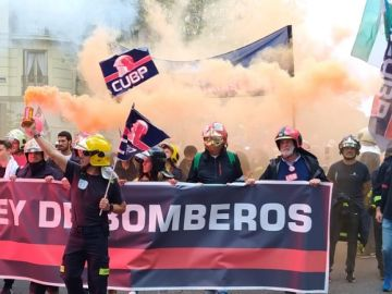 Manifestación de bomberos en Madrid