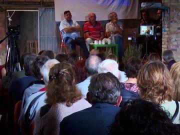 """La surrealista intervención de una médica en la última conferencia de Josep Pàmies: """"Que no se acerquen a los hospitales, son el control de la población"""""""