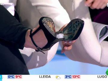El zapato de Lorena Vázquez sufre en directo la primera consecuencia del cambio de hora