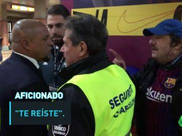 Roberto Carlos 'se las tuvo' con un aficionado culé que le increpó