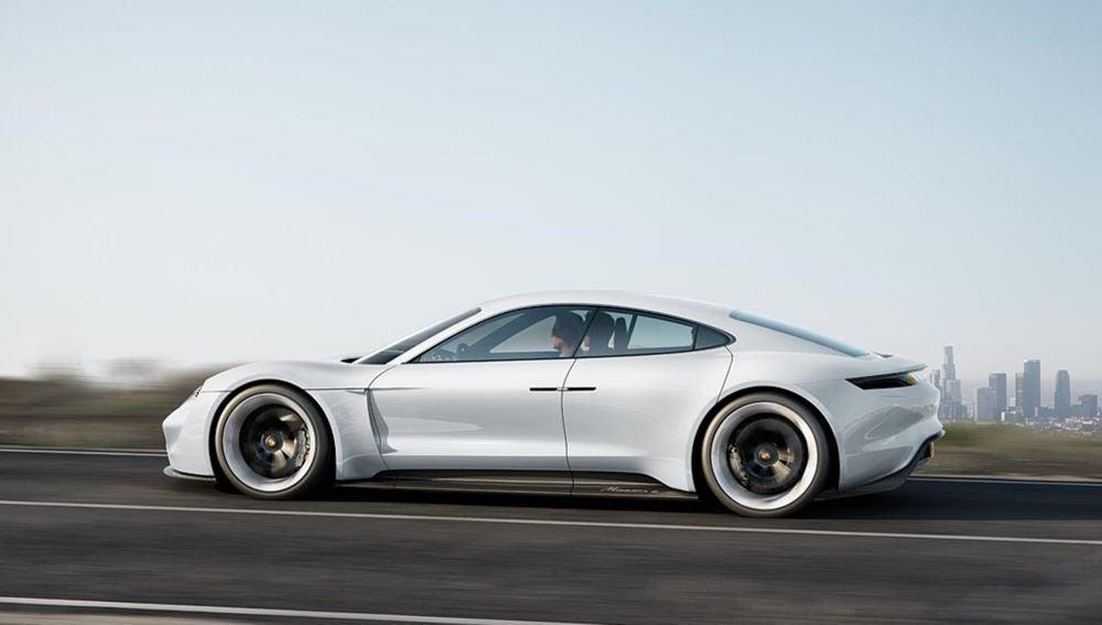 El Porsche Taycan será el primer vehículo 100% eléctrico de Porsche