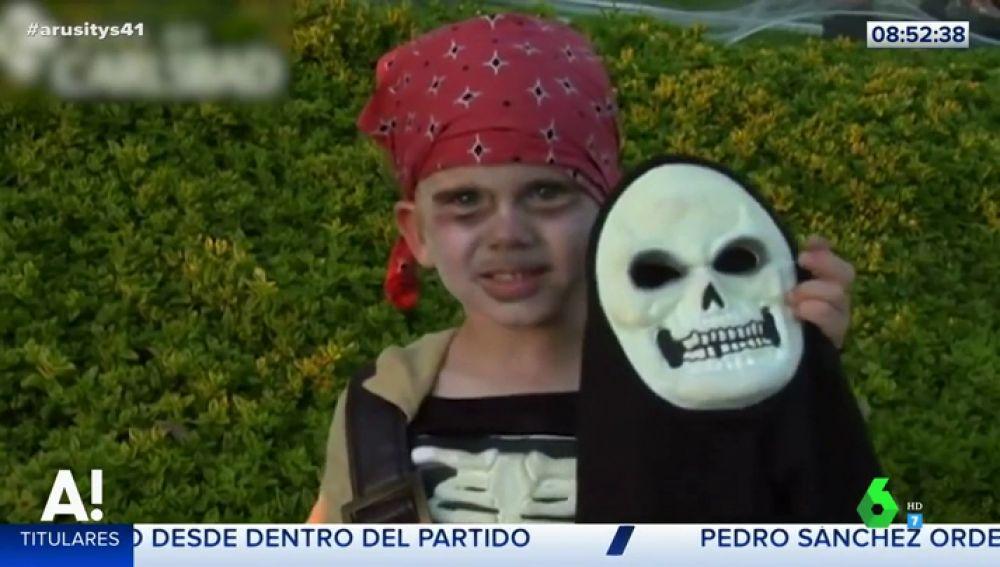 Un niño disfrazado de Halloween