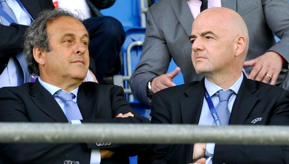 Platini e Infantino, durante un acto de la UEFA
