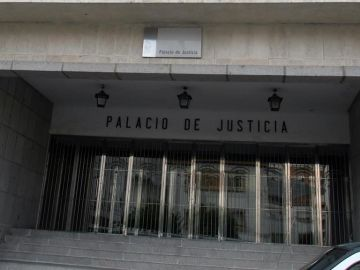 Fachada de la Audiencia Provincial de Huelva