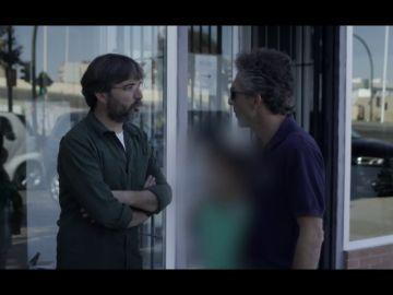 """Un menor confiesa a Jordi Évole que ha dormido en el suelo """"alguna vez"""" por recomendación del médico Ángel Lara, líder de una secta homeopática chamánica"""