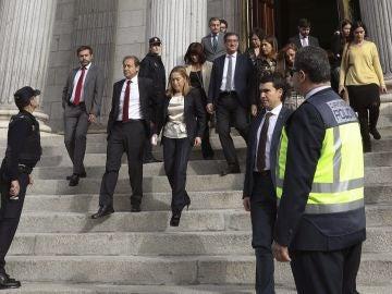 La presidenta del Congreso Ana Pastor a su salida del Congreso, que ha interrumpido la sesión plenaria por un simulacro