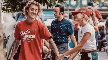 Imagen con la que el cantante Justin Bieber ha confirmado que se ha casado con Hailey Baldwin
