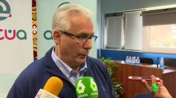 """Baltasar Garzón muestra su """"apoyo claro"""" a Manuela Carmena y no descarta presentarse en su candidatura"""