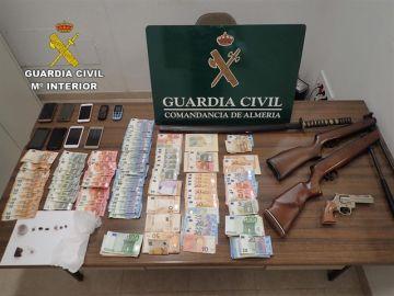 Incautación hecha en el desmantelamiento de un clan familiar dedicado a la venta de droga