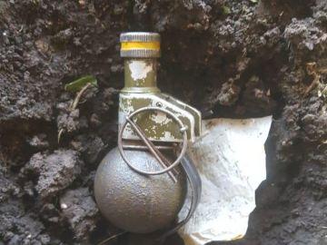 La granada encontrada en el estadio del Ituzaingó