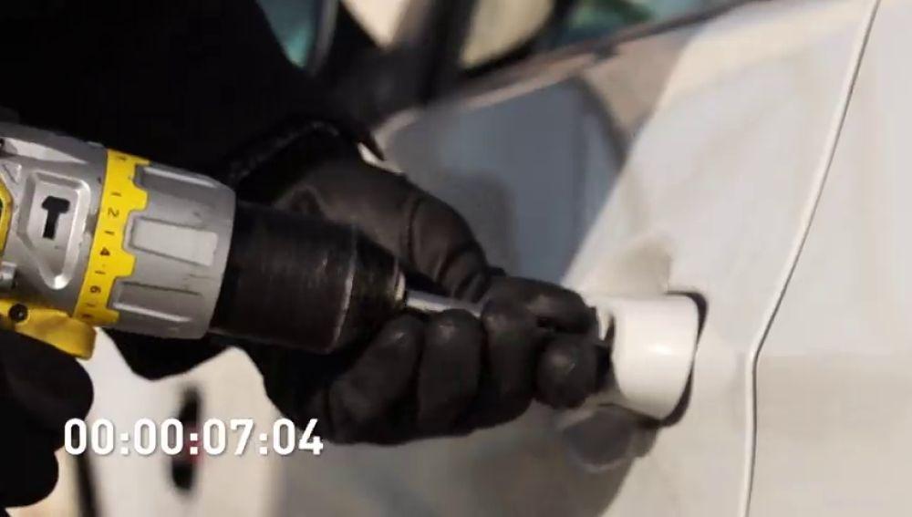 La detención de dos hermanos por asaltar comercios en coches de gran cilindrada, en 'Furia al volante'