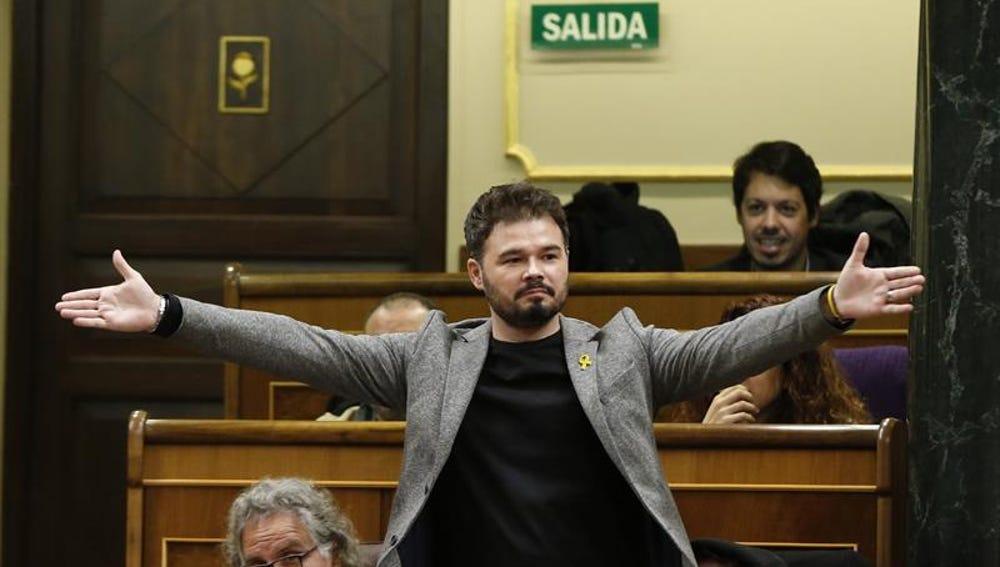 El portavoz de ERC, Gabriel Rufián, momentos antes de ser expulsado