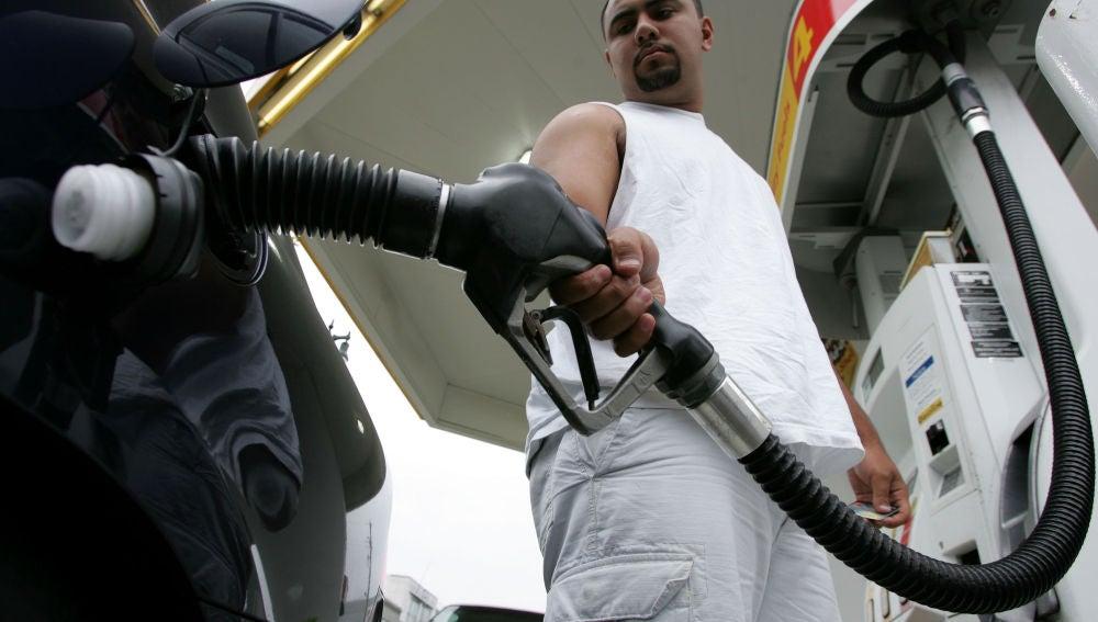 Repostando combustible