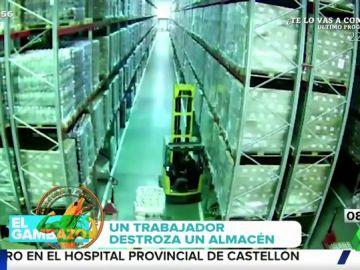 El impresionante accidente por el que un trabajador queda sepultado entre cajas