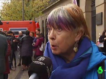 Mujer contraria a la sentencia del tribunal de 'La Manada'
