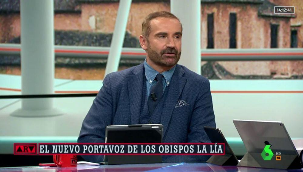 """El 'zasca' en directo de Euprepio Padula a Luis Argüelles tras decir que los sacerdotes deben ser """"enteramente varones, heterosexuales"""""""