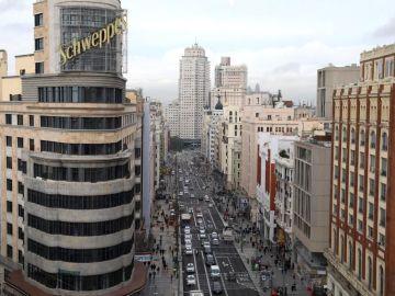 La Gran Vía de Madrid a vista de pájaro desde la Plaza de Callao