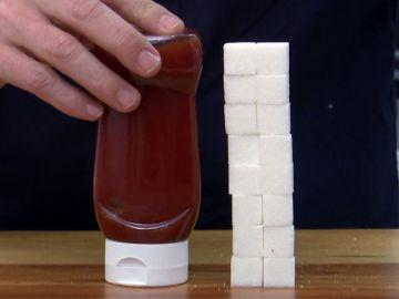 ¿Sabes cuántos kilos de azúcar consumes sin darte cuenta?: un bote de ketchup contiene 16 terrones